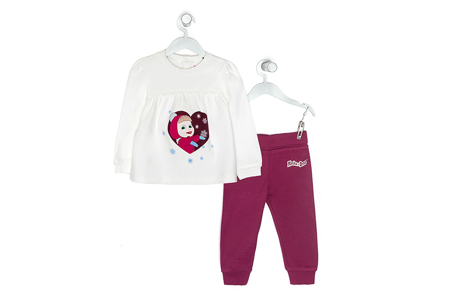 In the Original Marines' flagship stores the capsule nightwear by Masha and the Bear