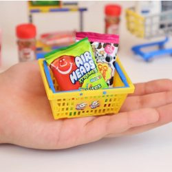 Find Mentos Airheads And Chupa Chups In The 5 Surprise Mini Brands