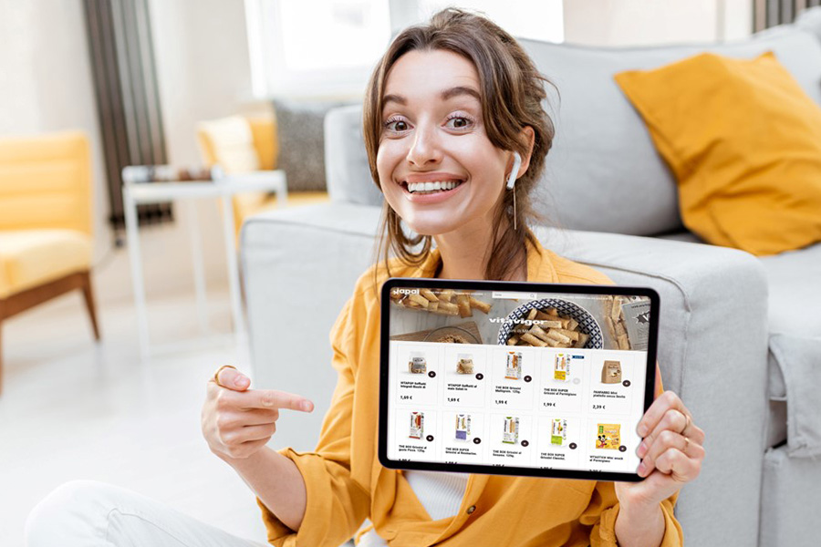 ECONOMY, THE PANDEMIC PUSHES THE E-COMMERCE BOOM