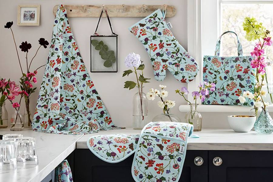 RHS AND ULSTER WEAVERS ANNOUNCE NEW KITCHEN TEXTILES RANGE